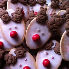 Christmas reindeer biscuits with Tiny Teddies!
