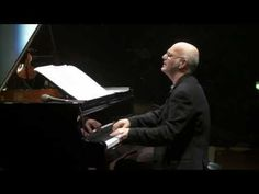 "Ludovico Einaudi - ""Divenire"". love playing this on the piano...it takes you to another world!"