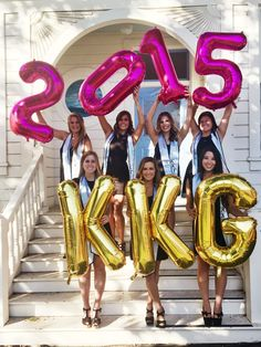 sorority photo idea - spell things out with mylar balloons!