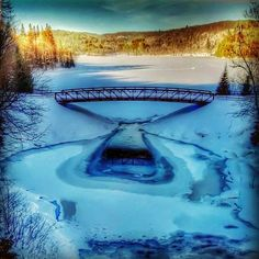 This is Arrowhead Provincial Park in Ontario, Canada. Aside from being beautiful, it could be the coolest park in the province. You can enjoy fat biking, tubing skating the Ice Trail, a true winter wonderland! Canada, Places To Travel, Places To See, Ontario Parks, Permanent Vacation, Nature Music, Fat Bike, Travel Channel, Winter Activities