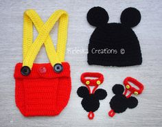 Crochet Pdf Pattern-Crochet Newborn Set- Hat, Suspender Cover Diaper, Barefoot Sandals Mickey Mouse  *Worsted weight yarn and hook size: 3,50mm*  There is no shipping charge for this item, as it is a PDF file and will be sent almost direct of payment. If you dont receive it within 24 hours, please, contact me.  All patterns are written in standard American terms.  You can always contact me if you have any problems with the pattern. These patterns are copyright Rieleska Creations ©. Do not…