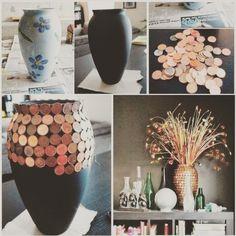Почти в каждом доме есть куча монет, которые кто-то когда-то коллекционировал их # Мы всё ждем, когда же их можно будет продать на аукционе старинных вещей # Пока этот момент не настал почему бы не использовать #монеты как декор #Один из вариантов - обклеить вазу #⚱️#ваза #креатив #сделайсам #своимируками #декор #цветы #хэндмейд #handmade #староеновое#handmadeglobal