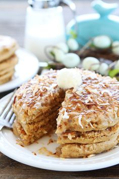 Toasted Coconut Pancakes Recipe Light and fluffy pancakes with a sweet toasted coconut topping! These pancakes are perfect for Easter brunch! Second Breakfast, Breakfast Bites, Breakfast Pancakes, Pancakes And Waffles, Breakfast Sandwiches, Brunch Recipes, Breakfast Recipes, Pancake Recipes, Mexican Breakfast