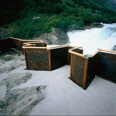 Google Bilder-resultat for http://www.jsa.no/download/pub/package1/largePhotos/Nasjonal_Turistveg_Videster_utsiktspunkt_1996.jpg