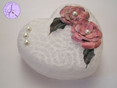 Tutorial: Decoupage con carta pizzo e fiori 3D (decoupage with lace paper and 3D flowers) [eng-sub] - YouTube