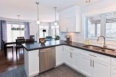 types of kitchen countertops: kitchen countertop ideas on a budget with pictures, granite materials decorating ideas,quartz kitchen countertop options. Types Of Kitchen Countertops, Kitchen Flooring Options, Kitchen Tiles Design, Kitchen Redo, Kitchen Shelves, Layout, Cuisines Design, Updated Kitchen, Kitchen Furniture