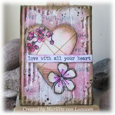 Stamping Mariëtte: ATC crackle hart Mixed Media Cards, Atc, Junk Journal, Magenta, Stamping, Greeting Cards, Valentine Cards, Create, Card Ideas