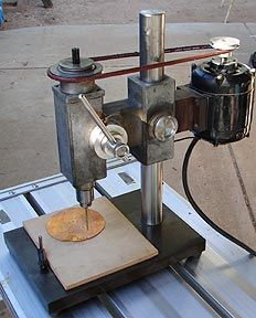 Would like to find a sensitive drill press in running shape. Homemade Drill Press, Homemade Lathe, Homemade Tools, Wood Tools, Diy Tools, Homemade Machine, Fabrication Tools, Tool Table, Machinist Tools