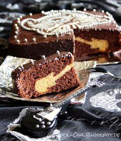 Servus Ragazzi,   ich wollte schon länger mal ausprobieren, wie man ein Motiv in einen Kuchen einbacken kann. Nach einigen gescheiterten Ver...