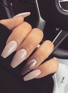pretty nails for summer . pretty nails for winter . pretty nails design Smalti nude: tutti i colori più belli Aycrlic Nails, Cute Nails, Pretty Nails, Hair And Nails, Coffin Nails, Fancy Nails, Best Acrylic Nails, Acrylic Nail Designs, Nail Polish