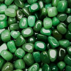 green gems discovered by xdeluxex on We Heart It green gems discovered by xdeluxex on We Heart It This image. Dark Green Aesthetic, Rainbow Aesthetic, Aesthetic Colors, World Of Color, Color Of Life, Terra Verde, Slytherin Aesthetic, Green Photo, Emerald Green