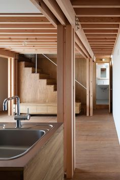 This minimal house in Tokyo was constructed using ancient building methods.