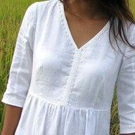 embroidered white cotton dress--The Perfect Summer Dress For Any Body Type.Crisp, Beautiful, And Definitely Comfortable! Linen Dresses, Cotton Dresses, Clothing Patterns, Dress Patterns, Blouse Outfit, Blouse Styles, Trendy Dresses, Sewing Clothes, Pulls
