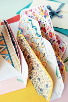 Pimp Your Mail | DIY LINED ENVELOPES