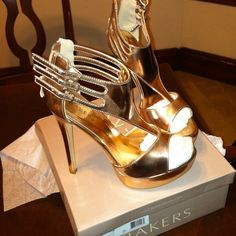 """Bakers Rose Gold Stilettos. Size 38 (7.5-8) Just In Time for the upcoming holiday parties.... These are  & 6"""" shoes. Never worn. Still in box.  #GoAhead #ClickPurchase Bakers Shoes"""