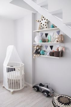 Scandinavian nursery on pinterest monochrome nursery kids rooms and design for home - Room bebe cocktail scandinavian ...