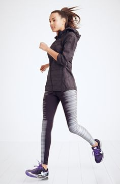 Getting a head start on this year's resolution with these awesome reflective running tights.
