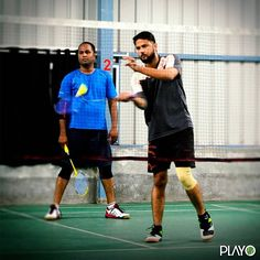 Give a sporty start to your weekend! Drop Shot, Badminton, Mma, Basketball Court, Sporty, Indoor, Interior, Mixed Martial Arts