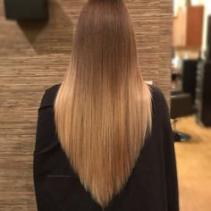 One Length Haircuts, Haircuts For Long Hair, Hairstyles Haircuts, Straight Hairstyles, Medium Hair Cuts, Medium Hair Styles, Long Hair Styles, Long Hair With Bangs, Long Hair Cuts
