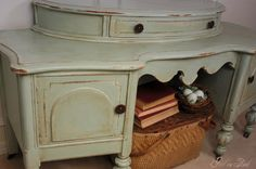 Girl in Pink: My First (of many!) Annie Sloan Chalk Paint Makeovers!