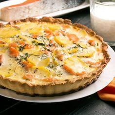 Quiche aux trois fromages, pommes de terre et saumon
