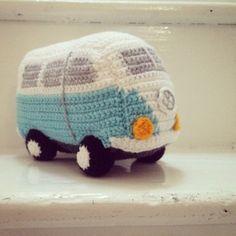 Crochet Volkswagen Bus Free Pattern | The WHOot