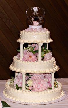 A delicate cake topper needs a delicate design