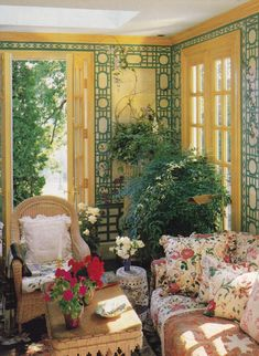 Organic Gardening Supplies Needed For Newbies Oscar De La Renta - Kent, Connecticut - Hg July 1986 - Mick Hales Garden Room, Decor, French House, Home, House Design, Home And Garden, Vintage House, Beautiful Homes, House Interior