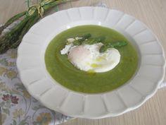 Crema di Asparagi con uovo in camicia