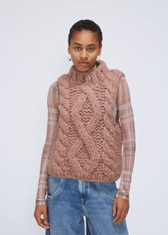 Chunky, boxy sleeveless cable knit shell in thick, soft alpaca blend yarn. Chunky Knitwear, Knit Fashion, Cable Knit Sweaters, Put On, Knitted Fabric, Turtle Neck, Pullover, Knitting, Skirts