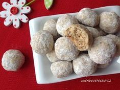 Walnut balls with oat flakes – Cake Types Christmas Sweets, Christmas Candy, Christmas Cookies, Healthy Desserts, Healthy Cooking, Types Of Cakes, Amazing Cakes, Fudge, Sweet Recipes
