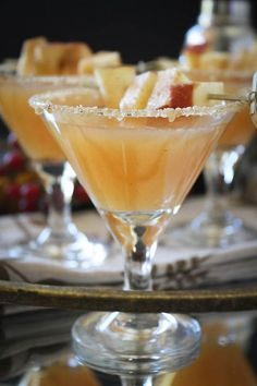 Thanksgiving Vanilla Bean Caramel Apple Cider Sparkling Cocktail