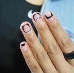 13 nail art designs for short nails teen vogue fingernails Nails Beige, Nails Yellow, Minimalist Nails, Short Nail Designs, Cute Nail Designs, Gel French, Mens Nails, Valentine Nail Art, Nagellack Trends