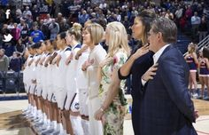 Basketball Quotes, Women's Basketball, Uconn Womens Basketball, Sports Pictures, Bb, Girls Basketball, Baseball Quotes