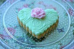 Spring rose cookie