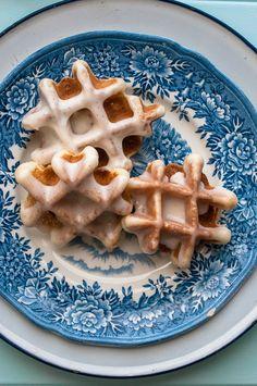 Sweet Treats: a baking blog: Waffle Weekend: Vanilla Bean Waffle Doughnuts