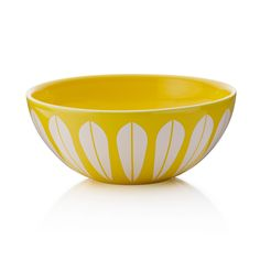Lucie Kaas designed by Arne Clausen bowls yellow Fountain City, Table Design, Design Research, Ceramic Bowls, Contemporary Interior, Scandinavian Design, Decoration, Lotus, Decorative Bowls