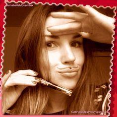 #AnnabelleMovember prise 2! TwistUp Flirtini + un p'tit coeur décoratif! ;-)) Movember, Moustache, Anna, Hair, Beauty, Mustache, Moustaches, Beauty Illustration, California Hair