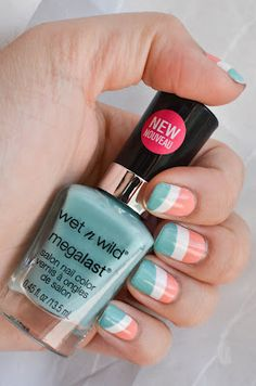Meet my Polish: Trendy Tuesday: Coral and Mint