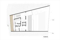 Galería de Casa Unno / DA-LAB Arquitectos - 19 House Built Into Hillside, Patio, Flat Roof, Floor Plans, How To Plan, Lima, Building, Design, Ideas