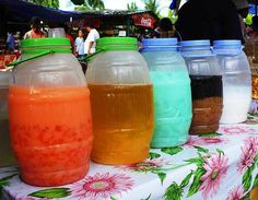 Different filipino Juices! So Delish! Pinoy Street Food, Filipino Street Food, Filipino Food, Paskong Pinoy, Pinoy Food, Filipino Desserts, Filipino Recipes, Festival Themed Party, Debut Ideas