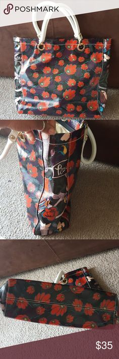 """Sakroots 