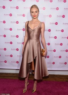 Kate Bosworth from The Best of the Red Carpet The actress gives us some serious party dress inspiration in this metallic gold and bronze Jason Wu number. Tan Dresses, Nice Dresses, Short Dresses, Formal Dresses, Kate Bosworth Style, Estilo Glamour, Krysten Ritter, Keri Russell, Kirsten Dunst