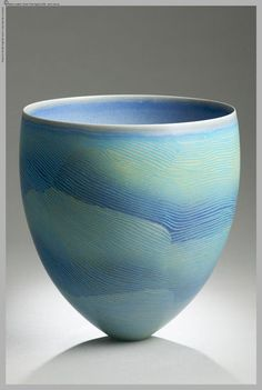 Pippin Drysdale - Ceramic Artist.  http://www.pippindrysdale.com/index.php
