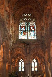 henry sinclair castle | Interior of Rosslyn Chapel which was founded by William Sinclair, 1st ...