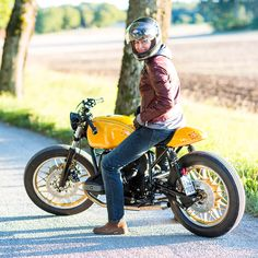 When photographer Jenny Jurnelius felt the lure of the drag strip, she commissioned Sweden's Unique Custom Cycles to build a hotrodded BMW airhead. This is one custom that goes as fast as it looks.