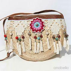 Crochet Bags Design Bohemian style crochet summer bag by Anabelia Craft Design Crochet Handbags, Crochet Purses, Crochet Bags, Crochet Shoulder Bags, Crochet Purse Patterns, Diy Sac, Diy Crochet, Crochet Summer, Crochet Shell Stitch