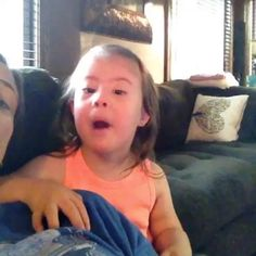 """Because who doesn't NEED to hear wittle Hazel singing her ABCs. Wait for the """"w"""" tho cause 😂😭👌🏼🙈😭"""