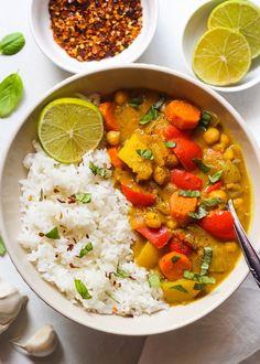 Vegan Dinner Recipes, Delicious Vegan Recipes, Vegan Dinners, Vegetarian Recipes, Vegetarian Cooking, Healthy Sandwiches, Sandwich Recipes, Coconut Curry Sauce, Vegan Curry