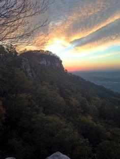 Mädchen Boob Mountain in North Carolina und lesbisch Vietnamesisches